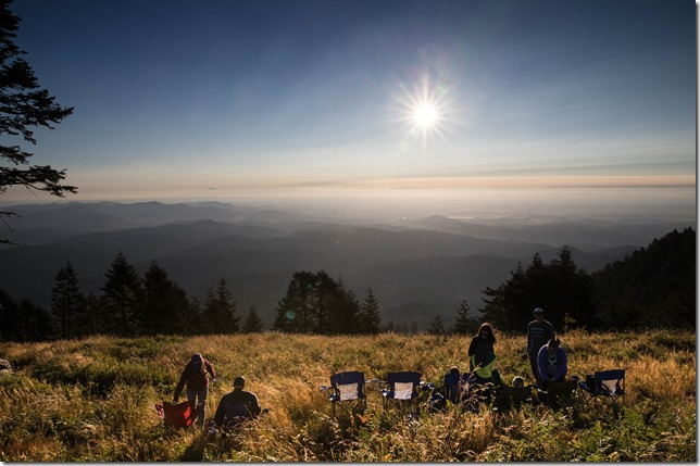 Waiting for the total eclipse on Marys Peak