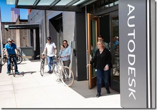 Autodesk Portland employees walking and biking in the new neighborhood